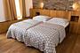 Satin Bed Linen – White Flowers (220×140 + 90×70 cm)